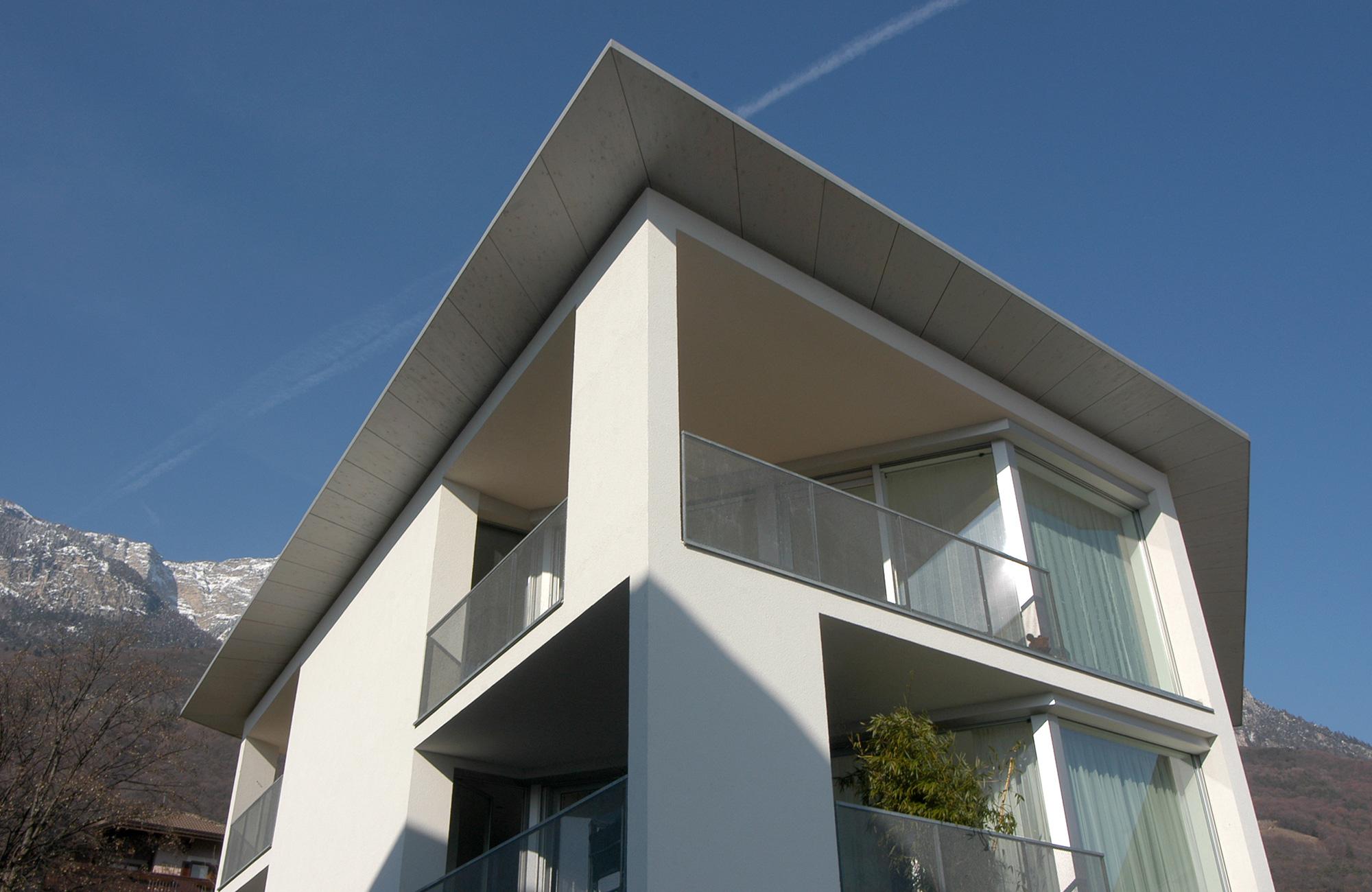 Modernes wohnhaus dibiasi for Modernes wohnhaus