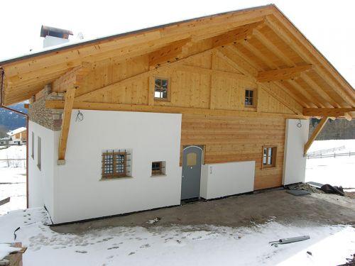 Dachstuhl und Blockhaus Aufbau